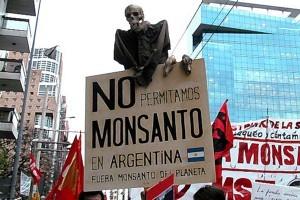 arg-Fuera-Monsanto-300x200