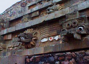 templo-de-quetzalcoatl_2769231