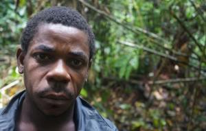 """""""Nos golpearon en la base de WWF. Casi muero"""", """"pigmeo"""" baka, Camerún. © Survival International"""
