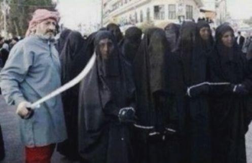 mercado-de-esclavas-en-siria